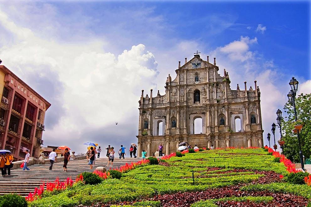 Resultado de imagem para Ruínas de São Paulo em  Macau